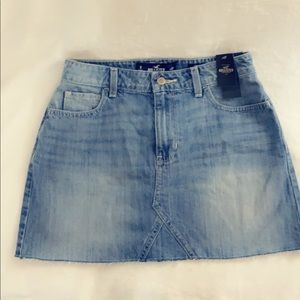 Hollister high rise skirt